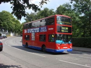 800px-London_Bus_route_210